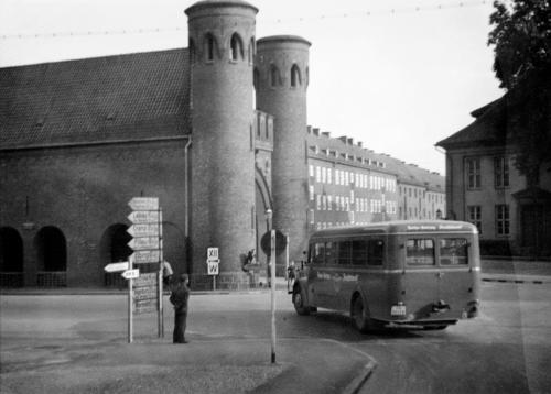 d74df29e4ee0577486fbfb4f46b009b4_image_document_large_featured_borderless.jpg