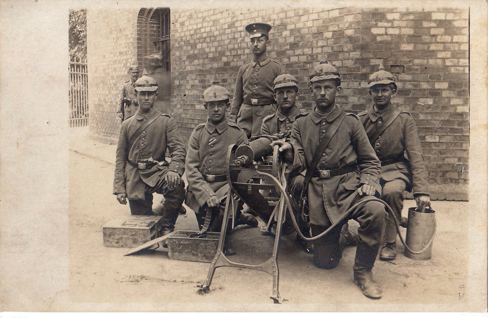 MG Grenadier Regiment 1, 1917.jpg
