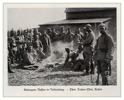Russian prisoners in Neidenburg.jpg
